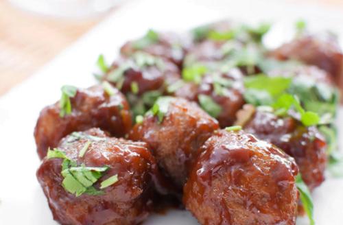 raspberry-rosemary-glazed-bison-meatballs